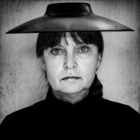"""""""Frau trägt wieder Hut"""""""